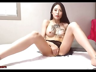 Korean sexy camgirl shows her body in lingerie
