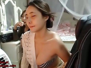 Korean busty camgirl with big natural boobs