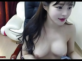 Korean tiny 18yo shows her sexy body