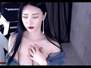 Big tits Korean beauty shows her hot body