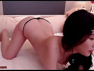 Korean beautiful camgirl hot show