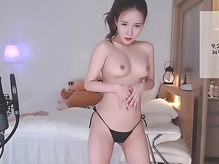 BJ korean - livestream at https://hotkoreanshowcam.tk, sign up with your email to access