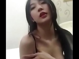 Amazing Korean Camgirl Dancing and Masturbating Part2